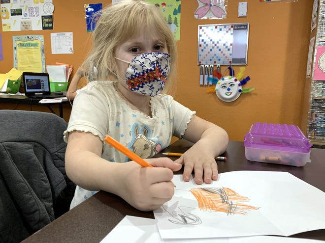 In November 2020, the kids from the Indio Clubhouse of The Boys & Girls Clubs of Coachella Valley created Thanksgiving cards for homebound clients who live alone.