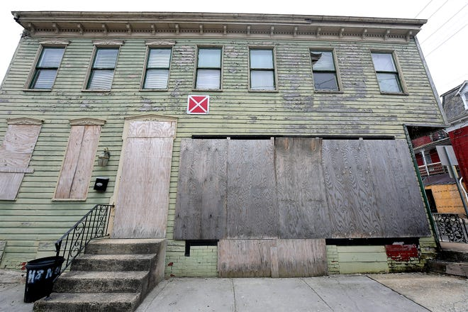 The building at 484 W. Philadelphia St., Wednesday, March 17, 2021, has been targeted for demolition by Royal Square Development & Construction. Bill Kalina photo