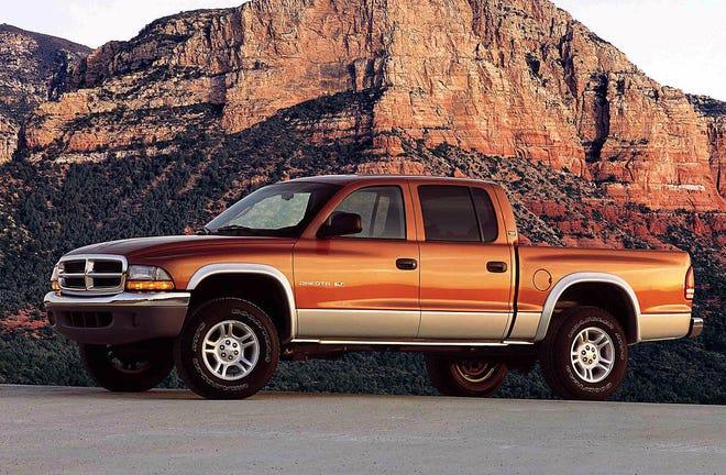 The 2001 Dodge Dakota 4x4 Quad Cab SLT.