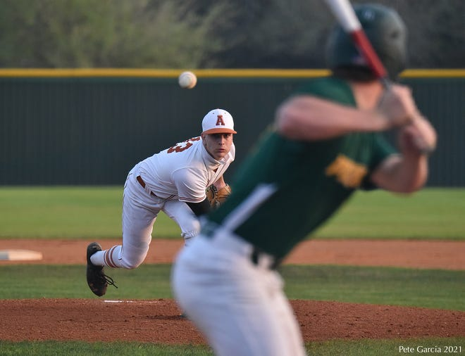 Alice pitcher Matt Ortiz delivers a pitch against Rockport-Fulton at the Alice baseball field.