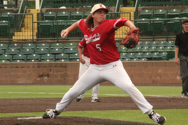 La Plata's Tanner Pipes pitches during the Class 1 state title game in 2019.