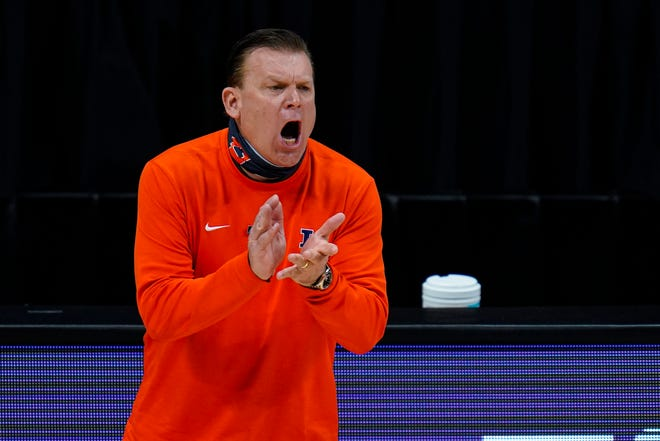 Illinois head coach Brad Underwood yells to his team as they played against Ohio State in an NCAA college basketball championship game at the Big Ten Conference tournament in Indianapolis, Sunday, March 14, 2021. [AP Photo/Michael Conroy]