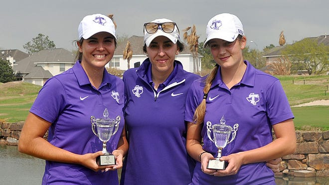 Alejandra CambroneroandSofia Rodriguezwon the individual title at the Prairie View A&M Invitational, each tying for first place with a score of 227 (+11). Here they are pictured with head women's golf coach Isabel Jimenez.