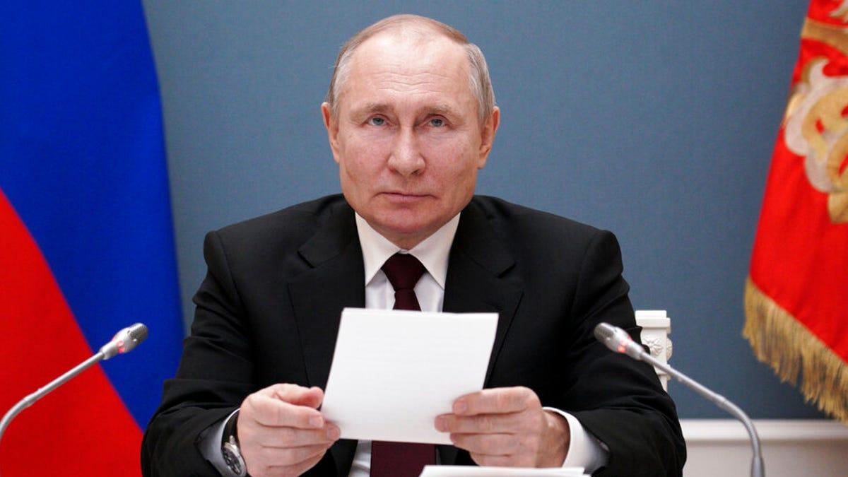 Putin points finger at US after Biden's 'killer' remark 3