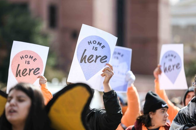 Immigrant youth and advocates from Austin rally to the office of Attorney General Ken Paxton in Austin as the U.S. Supreme Court held a hearing on DACA on Nov. 12, 2019. [LOLA GOMEZ / AMERICAN-STATESMAN]