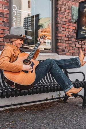 Singer-songwriter Angela Meyer will perform a Goldfinch Room concert on the Stephens Auditorium stage on Tuesday at 7 p.m.