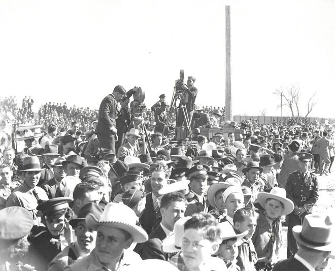 """The world premiere of the film, """"Dodge City"""" held its world premiere in Dodge City on April 1, 1939."""