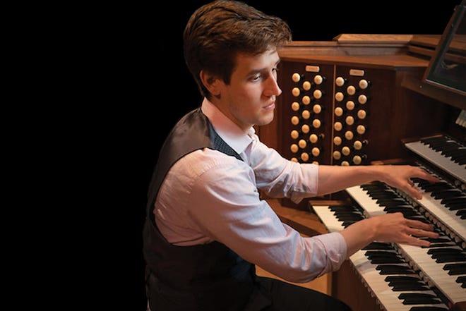 Organist Greg Zelek joined the Jacksonville Symphony this weekend.