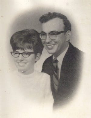 Joy and Lindell Beck