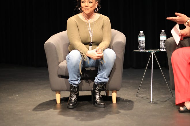 """Kim Fields on set of the production """"The Journey"""" directed by UniQue Webster."""