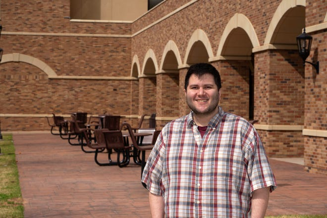 Marco Lopez is an Associate Professor of Mathematics and is the faculty-in-residence at MSU Texas.