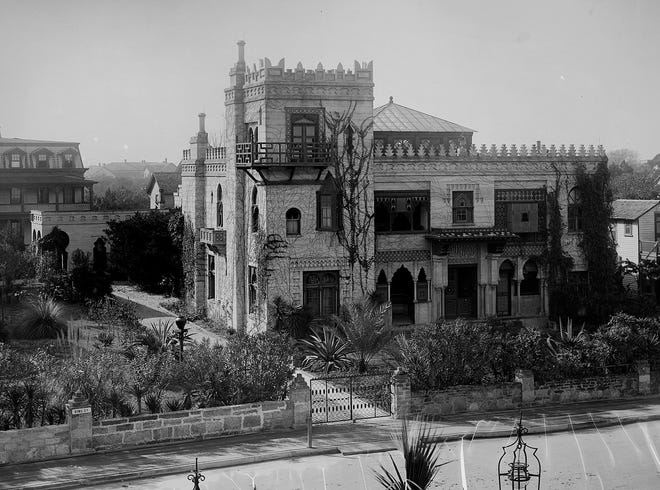 A photo from the collection of the Library of Congress shows the Villa Zorayda in St. Augustine in the 1880s.