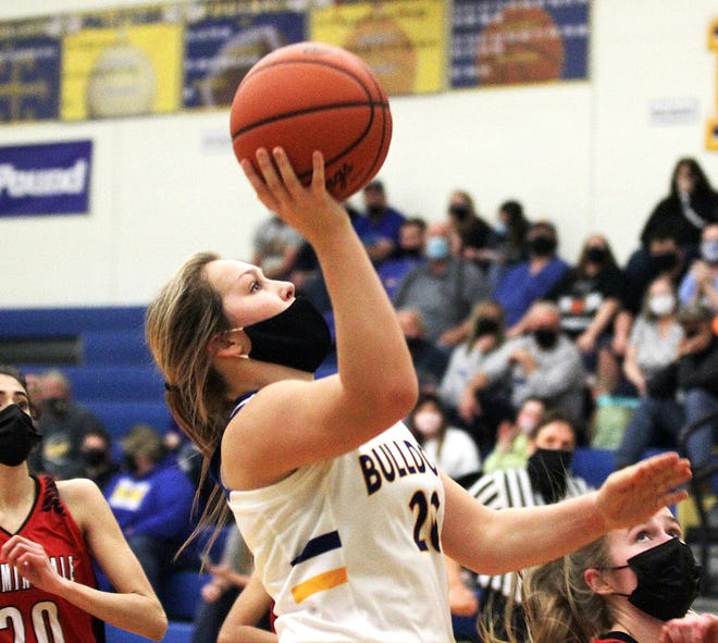 Faith Edwards puts up a running jumper against Bloomingdale on Friday night.