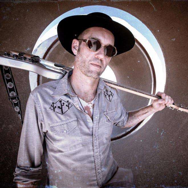 Jerrold Ridenour, an Emmy Award-winning artist based in Hesperia, Calif., explores the Mojave Desert in music under the name King Nobody.