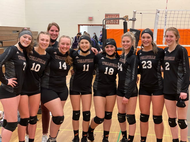 The Wellsville girls volleyball team celebrated Senior Night with a 3-0 sweep of visiting Arkport/Canaseraga Wednesday night.