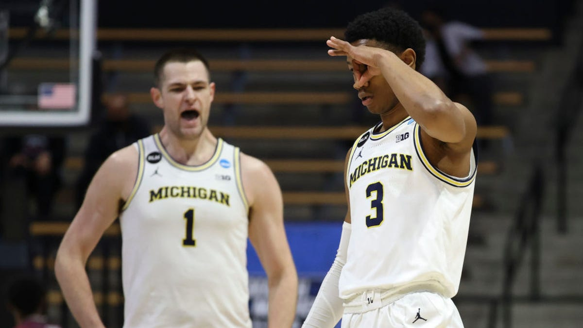 Wojo: Big Ten getting smacked, and Michigan needs to smack back 2