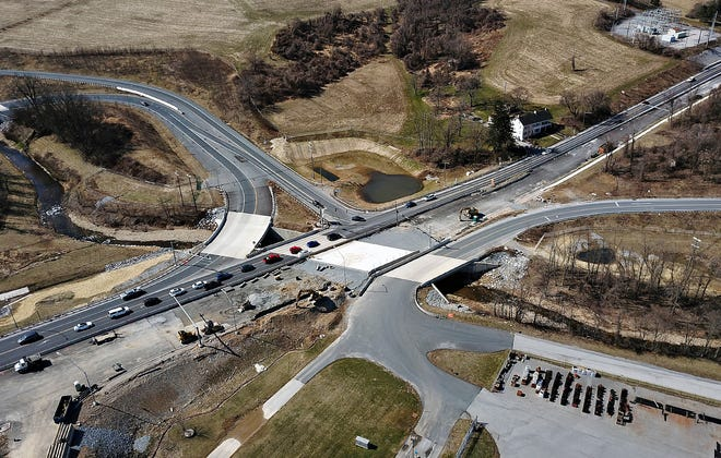 Mount Rose Avenue near the I-83 interchange heading toward York City, at right, in Springettsbury Township, Saturday, March 20, 2021. Dawn J. Sagert photo