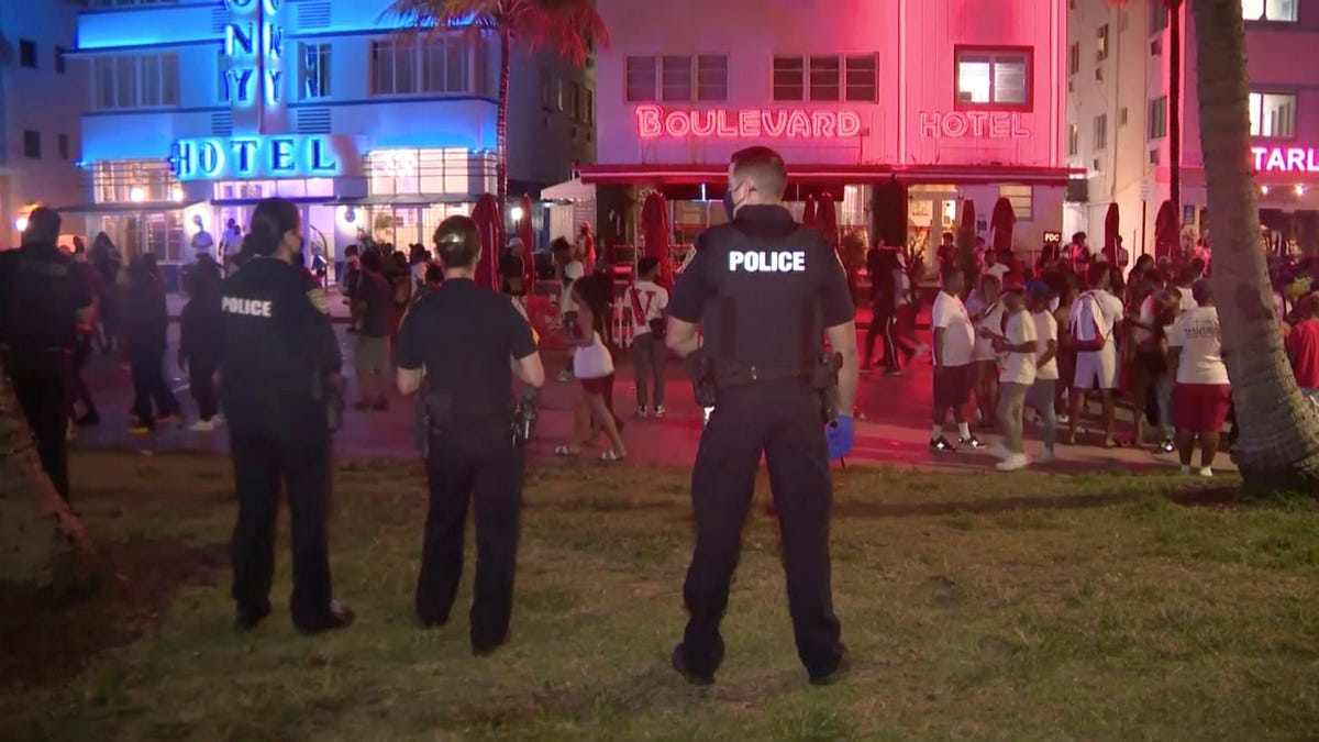 "Police chief says Miami partying ""couldn't go on any longer"" 2"