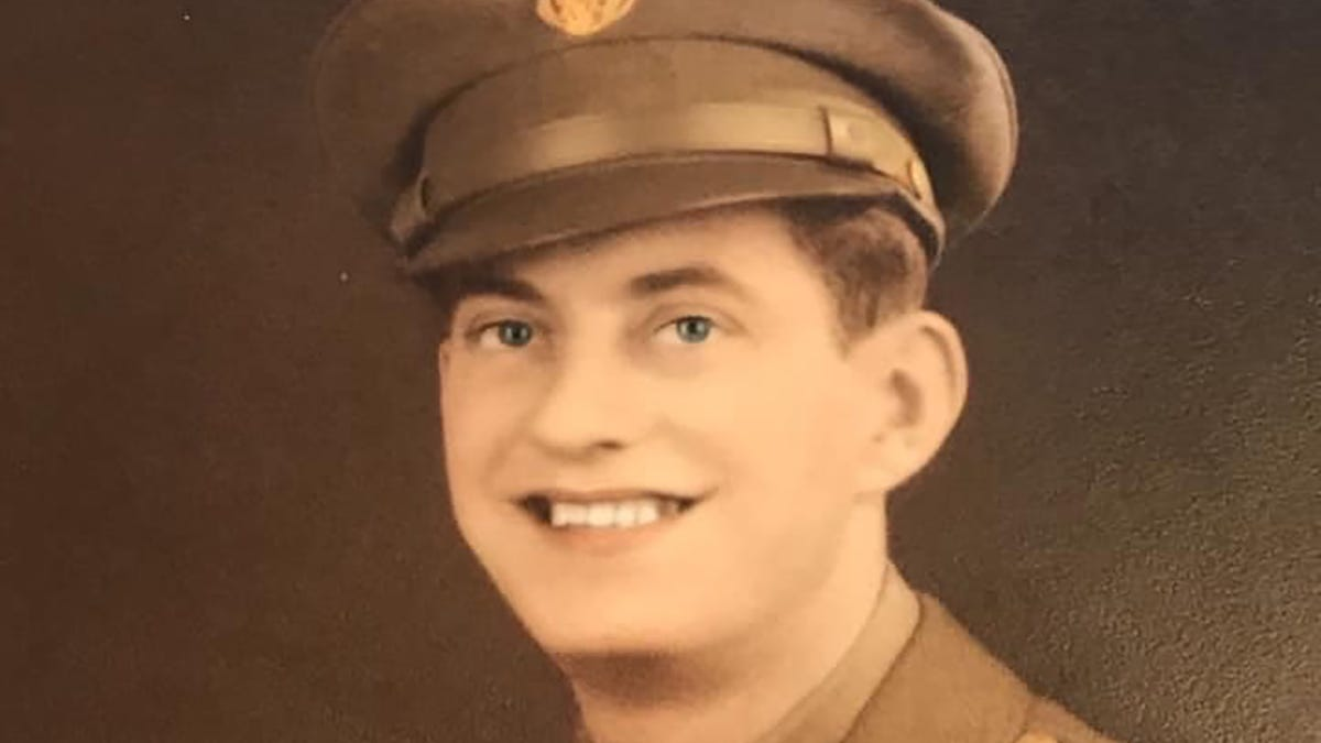 78 years after Alaska airman went missing in World War II, his remains are returned to his family 3