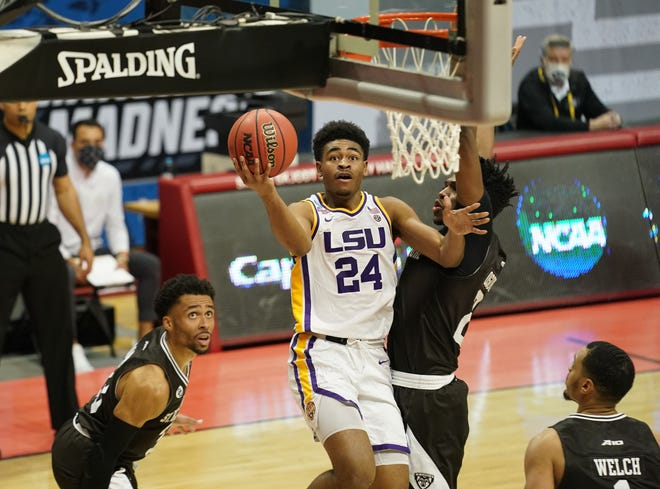 LSU guard Cameron Thomas drives to the basket against St. Bonaventure during the second half in the first round of the 2021 NCAA Tournament at Simon Skjodt Assembly Hall.