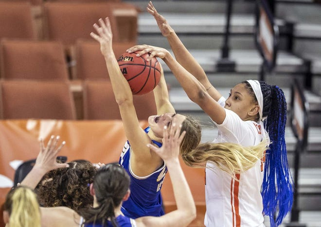 Syracuse center Kamilla Cardoso (right) blocks a South Dakota State guard Tylee Irwin shot during the second half of Sunday's first round women's NCAA tournament gamed at the Frank Erwin Center in Austin, Texas.