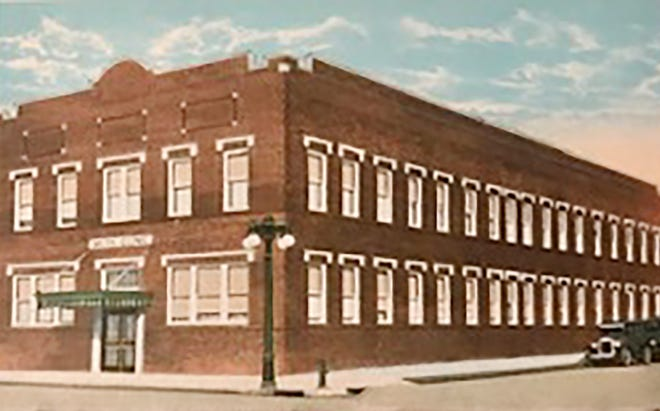 A postcard painting of the Smith Clinic building.
