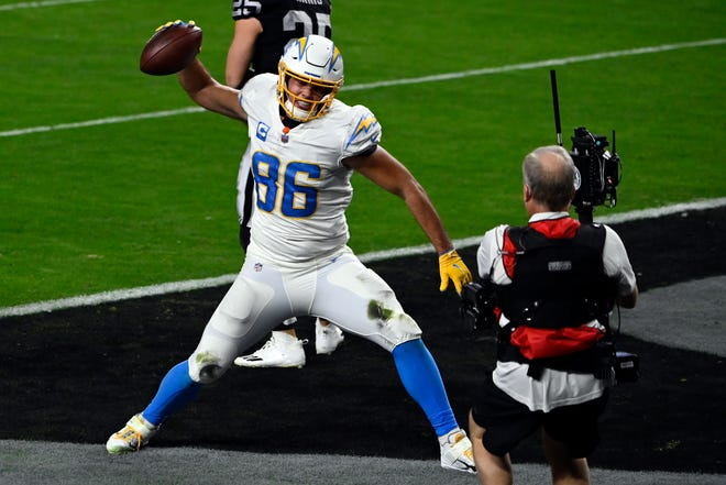 Tight end Hunter Henry is excited to see what he and Jonnu Smith can do in the New England offense.