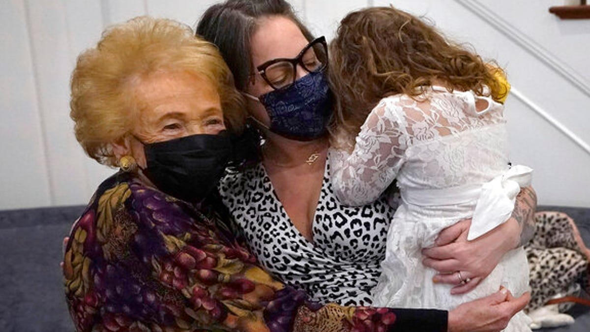 Hugs, at last: Nursing homes easing rules on visitors 3