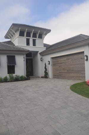 It has been a while since top end builders have laid out the money to create a spec home, but that is what AR Homes/Lyons Housing just did at Miromar Lakes Beach & Golf Club. This is the Bay Hill, a new design that is similar to their popular Sedona II model.