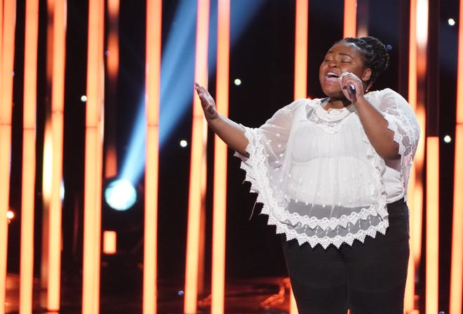 Milwaukee native Ronda Felton competes in the Hollywood Duets Challenge on 'American Idol' on Monday, March 22, 2021.