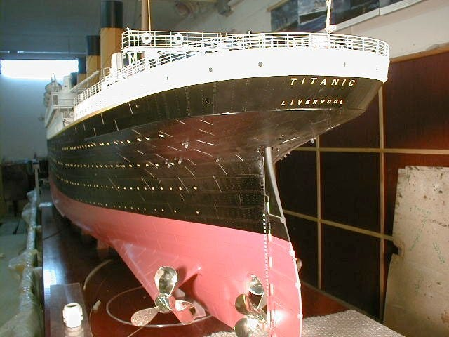 The 1:48 scale builder's Titanic model, completed in 2002, took a total of seven years to build, longer than it took to build the Titanic itself.
