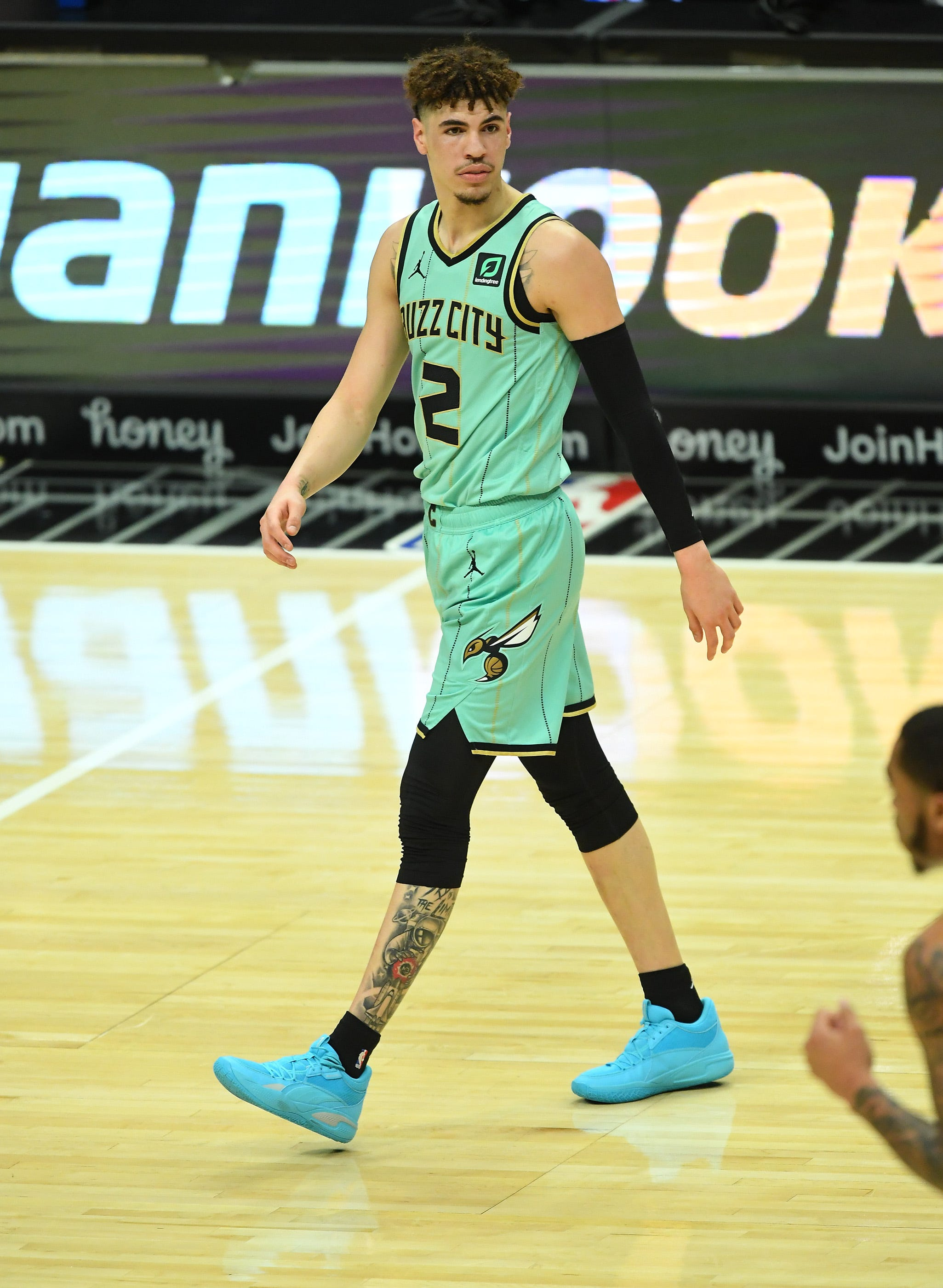 Hornets rookie phenom LaMelo Ball out indefinitely with fractured bone in wrist