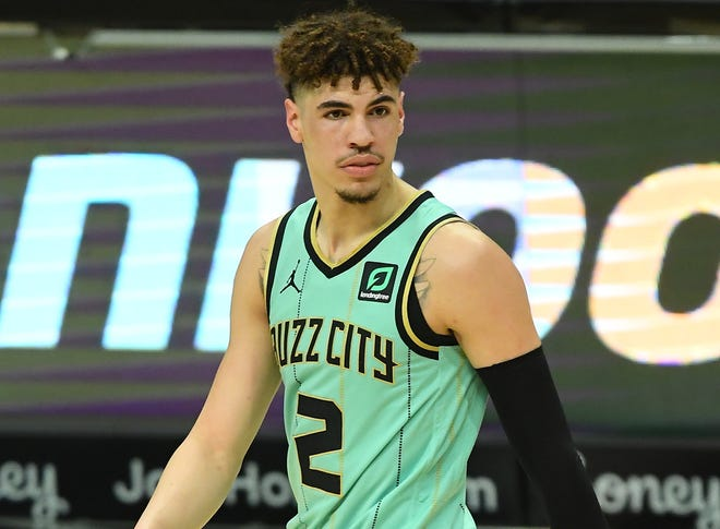 LaMelo Ball injured his wrist Saturday against the Clippers.
