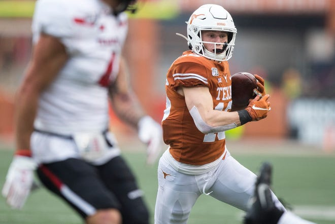 Texas receiver Jake Smith may have suffered a broken foot injury during the Longhorns' first spring practice on Tuesday, head coach Steve Sarkisian said.