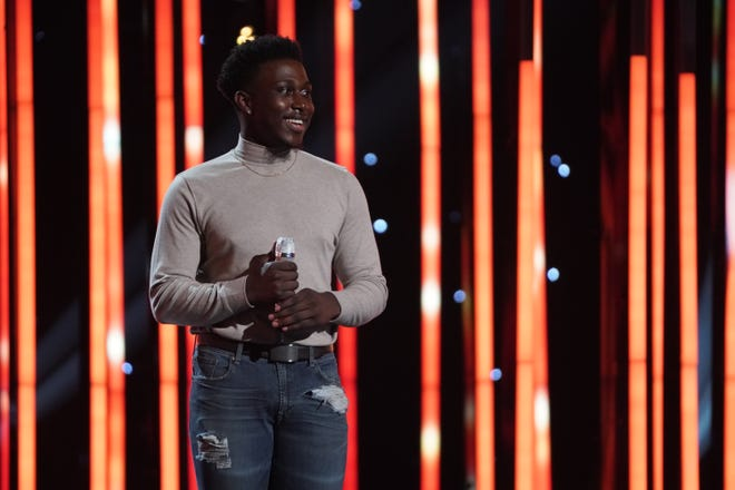 Deshawn Goncalves is among the top 24 contestants on 'American Idol.