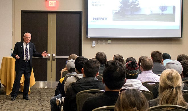 Bob Archer serves as the guest speaker at Kent State University's Fall 2017 Michael D. Solomon Entrepreneurship Speaker Series at the Kent State University Hotel and Conference Center.