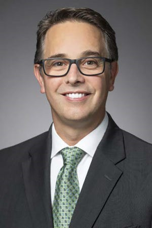 OBU alumnus Mike Romero, JD, vice president and relationship manager at Heritage Trust Company, will be the featured speaker during OBU's next Business Forum Monday, March 29.