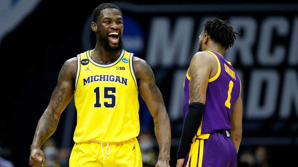 Chaundee Brown's magnificent March Madness moment has Michigan singing Sweet 16 tune 2