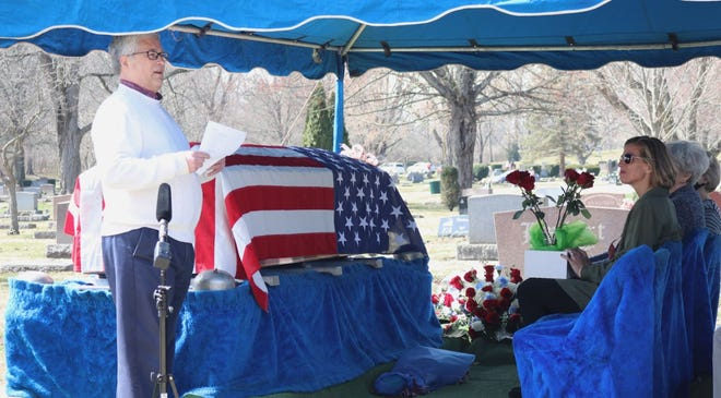 Kingston Community Relations Director Bob Goyer officiated the funeral service for Donald Quigley, which was held March 17, 2021 at the Marion Cemetery.