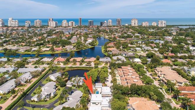 Seagate Villas ideally located minutes from Seagate Beach.