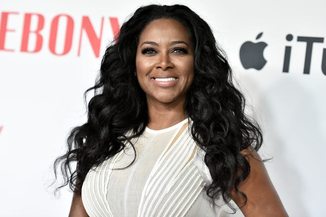 Kenya Moore attends Ebony Magazine and Apple Celebrate Black Hollywood held at Neuehouse Hollywood on Saturday, Feb. 27, 2016, in Los Angeles.