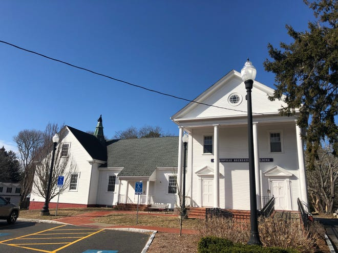 The Centerville Recreation Building is undergoing renovations and restoration. [Marina Davalos/Barnstable Patriot]