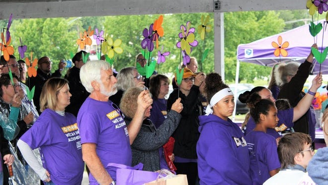 Walk to end Alzheimers.