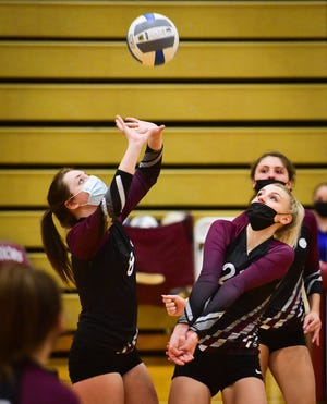 Clinton player Deanna Heintz sets the ball during the game against Canastota on Tuesday, March 23, 2021. Canastota won 3-0.