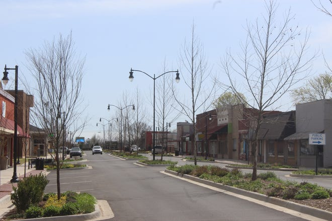 During the Alma State of the City on March 18, Alma Mayor Jerry Martin announced the completion of the city's streetscape project. A ribbon-cutting ceremony is being scheduled.