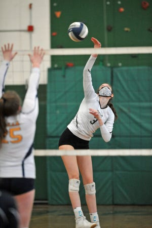 Lauren Milani had a huge night Wednesday, helping Cranston East take down South Kingstown in five sets.