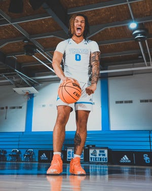 After de-committing from Louisville on March 20, South Granville guard Bobby Pettiford Jr. became the top unsigned prospect in North Carolina's class of 2021.
