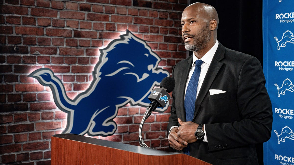 Analyzing the Lions' early roster moves and available free agents who could still help 2