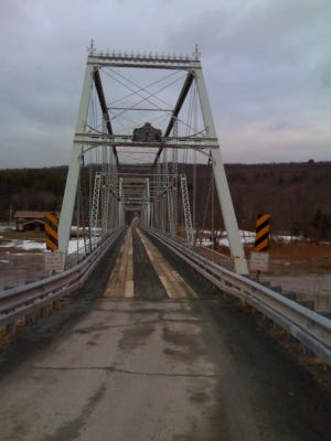 A picture of the Skinners Falls-Milanville Bridge, taken from Milanville, Pennsylvania/Wikimedia Commons