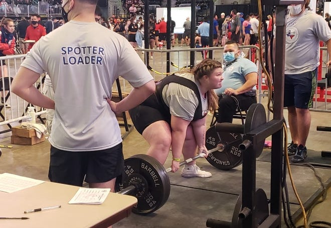Mallory Alexander recorded a personal-best 325 in the dead-lift last Friday to earn a medal at the state powerlifting meet.